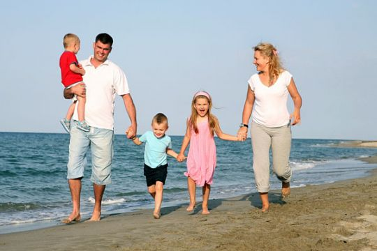 ingin-liburan-seru-bareng-keluarga-ikuti-tips-nya