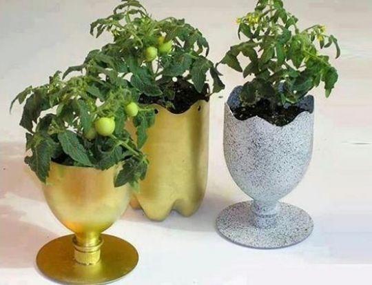 yuk-manfaatkan-sampah-plastik-menjadi-pot-tanaman