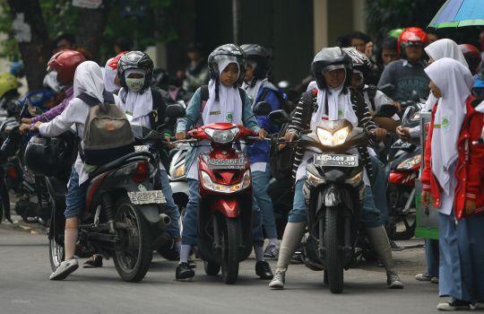 sekolah-di-kota-palangka-raya-terapkan-larangan-siswa-bawa-motor