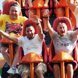orang-orang-yang-naik-di-roller-coaster-memiliki-kemungkinan-lebih-tinggi-mengalami-penggumpalan-darah-di-otak
