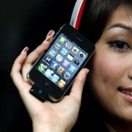 wanita-2-kali-lebih-banyak-menggunakan-emoticon-dalam-pesan-teks-dibandingkan-pria