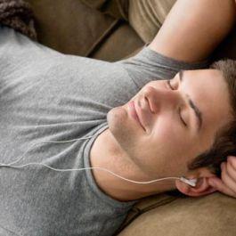 otak-manusia-akan-bekerja-optimal-di-saat-menghafal-lirik-lagu
