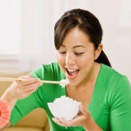 tahukah-anda-kalau-kebiasaan-makan-nasi-3-kali-sehari-merupakan-sesuatu-yang-unik-dimata-orang-asing-bule