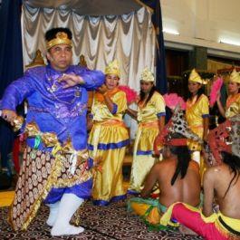 festival-budaya-erau-kutai-kartanegara-adalah-salah-satu-pesta-budaya-tertua-di-indonesia-sejak-abad-ke-13
