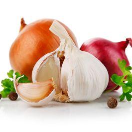 bawang-merah-maupun-bawang-putih-memiliki-33-senyawa-berbau-tidak-sedap-dan-membuat-napas-jadi-bau