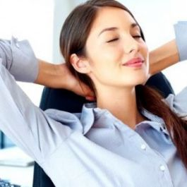 beberapa-studi-mengaitkan-pertumbuhan-jerawat-dengan-stres-oleh-karena-itu-hindari-stres-dan-nikmati-hidup