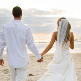 menikah-dengan-sahabat-sendiri-menurunkan-resiko-perceraian-diatas-70-persen-tipe-pernikahan-seperti-ini-biasanya-dapat-berjalan-dengan-baik-untuk
