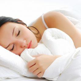 tidur-tanpa-bra-meningkatkan-kualitas-tidur-hingga-lebih-dari-95-dan-merupakan-cara-efektif-untuk-mengobati-insomnia