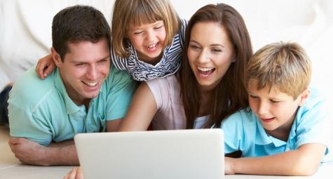 serunya-relasi-orangtua-dan-anak-di-era-digital