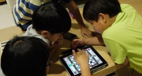 perhatikan-5-hal-ini-sebelum-memberikan-gadget-pada-anak