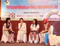 Pelajar Surabaya dan Cirebon Sabet Penulis Muda Indonesia 2009