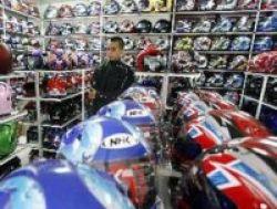 Pembagian Helm Gratis untuk Murid SD