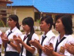 Guru dan Wakil Rakyat Dukung MA