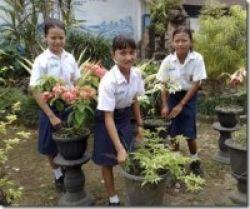Ajak Siswa Peduli Lingkungan Sekolah