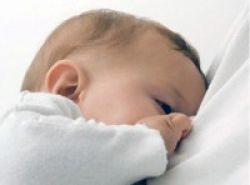 Inisiasi Menyusu Dini Tekan Kematian Bayi