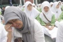 Sekolah Diduduki, Sembilan Guru Dipecat
