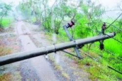 Pendidikan Rantau Pulung Terhambat Hujan dan Listrik