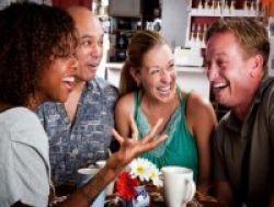 Wanita Lebih Lamban Merespons Humor, Kok Bisa?