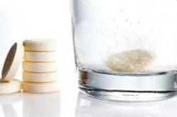 Vitamin Bersoda Sebabkan Gigi Terkikis