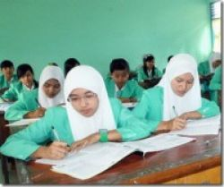 April, School Net Dimulai
