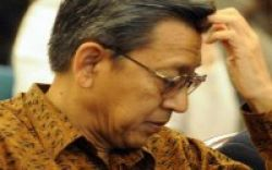 Didampingi Beberapa Menteri, Boediono Tinjau Langsung UN