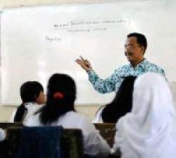 Guru Pinggiran Dapat Tunjangan Khusus