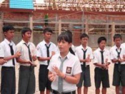 Sekolah Dilarang Pungut Uang Pangkal