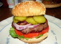 Makan Hamburger Ekstrabesar? Hati-Hati, Terserang Gangguan Rahang!