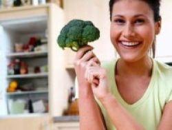 Brokoli Cegah Radang Usus Besar