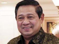 Gaji ke-13 SBY Disumbangkan kepada 99 Guru Teladan