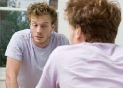 Benarkah Bicara Sendiri Merupakan Tanda Awal Kegilaan?