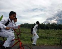Pendidikan Ribuan Murid di Lereng Merapi Belum Terurus
