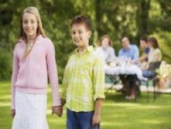 Batasan Persahabatan Ibu dan Anak Perempuan