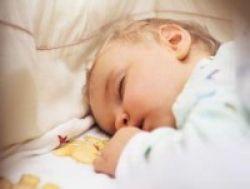 Lama Tidur Malam Bayi Pengaruhi Kecerdasannya