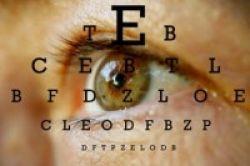Akupunktur Efektif Sembuhkan Mata Malas