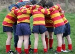 Anak-Anak Ikut Klub Olahraga Belum Tentu Cukup Bergerak Lho!