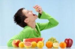 Lebih Sehat Makan 8 Buah Sehari?