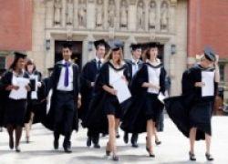 Survei Membuktikan, Mahasiswi Lebih Hemat Ketimbang Mahasiswa, Kok Bisa?