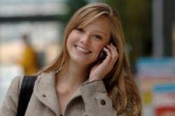 Trik Kurangi Efek Radiasi Ponsel