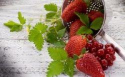 Stroberi Berpotensi Cegah Kanker