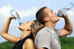 Pentingnya Air Putih Sebelum dan Setelah Tidur