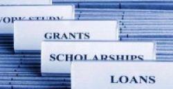 Kiat Menulis Esai yang Bikin Beasiswa 'gol'