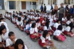 Menteri Pendidikan Melarang Orientasi Siswa dengan Kekerasan