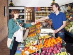 Pelajar di As Didorong Bawa Buah dan Sayur Segar