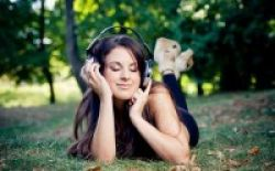 6 Manfaat Kesehatan Mendengar Musik