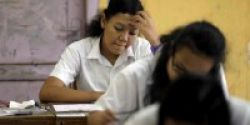 Di Surabaya, Sekolah Mulai Gelar Try Out UN