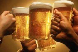 Fakta Jahat Mengonsumsi Alkohol
