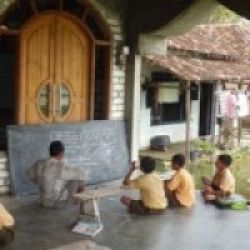 Kebanjiran, Sekolah Pindah ke Masjid