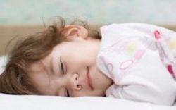 Kurang Tidur, Anak Sering Berkemih di Malam Hari