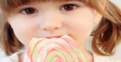 Jangan Biasakan Anak Konsumsi Makanan Manis